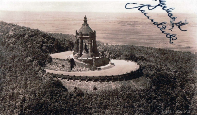 Fliegeraufnahme Kaiser-Wilhelm-Denkmal
