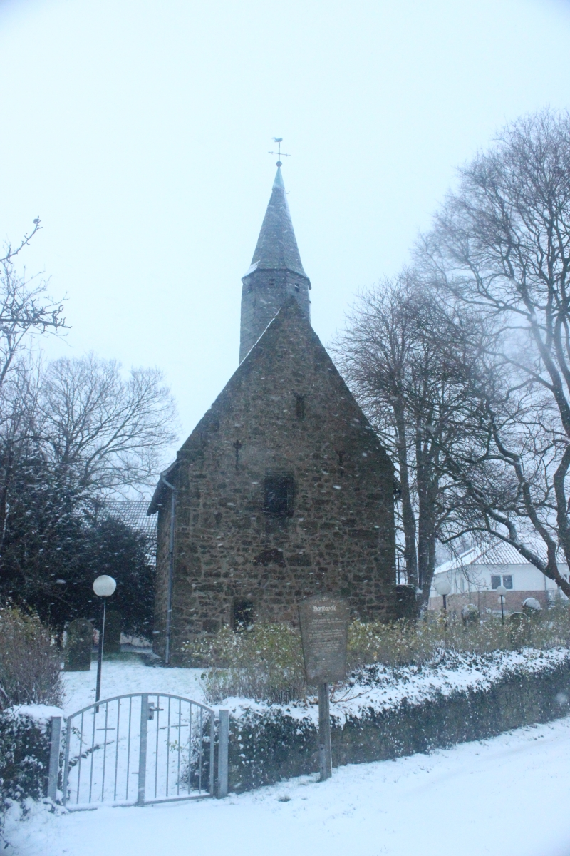Dorfkapelle im Winter