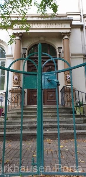 Haupteingang der Malche an der Portastraße