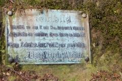 Tafel zum Steinbild